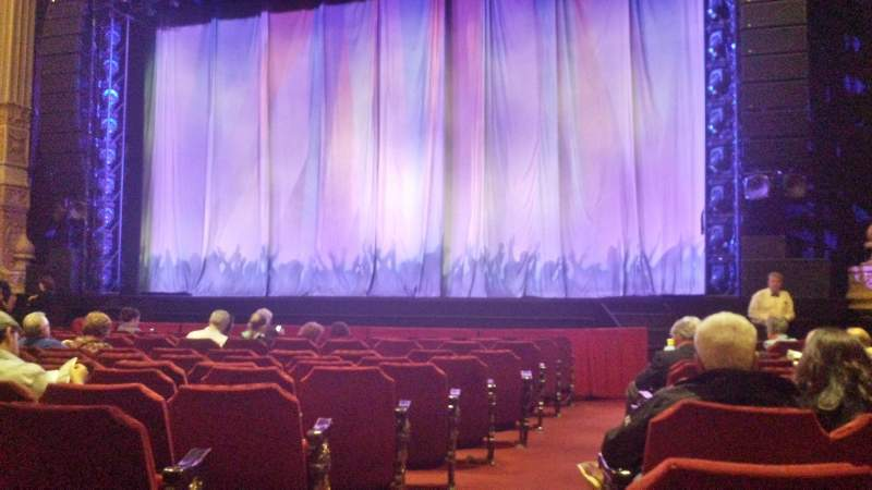 Seating view for Oriental Theatre Section ORCH-R Row M Seat 2