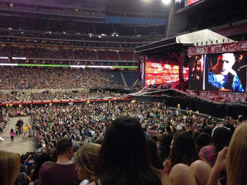 Seating view for NRG Stadium Section 125 Row X Seat 17,18
