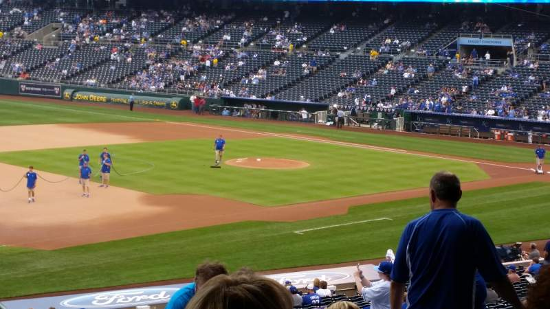 Seating view for Kauffman Stadium Section 215 Row MM Seat 4