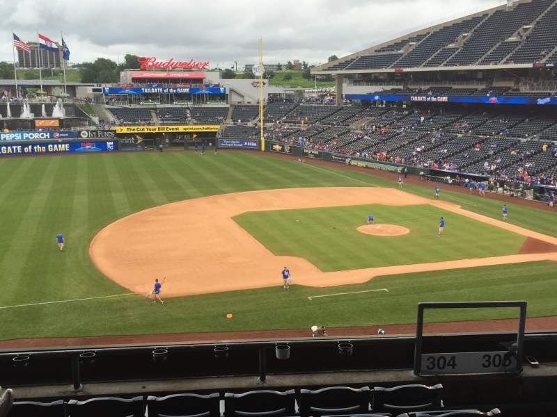 Seating view for Kauffman Stadium Section 304 Row F Seat 17