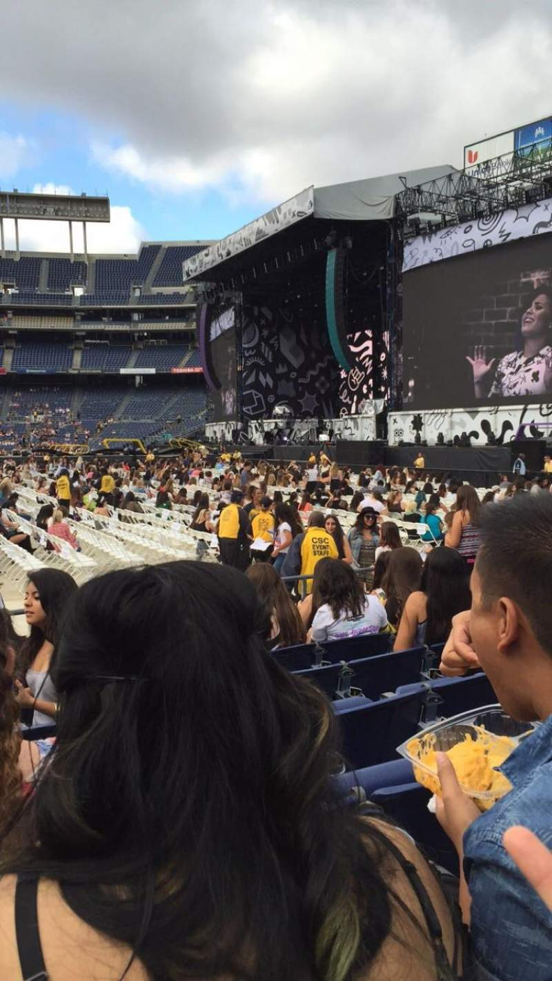 Seating view for Qualcomm Stadium Section LF Row 8 Seat 5
