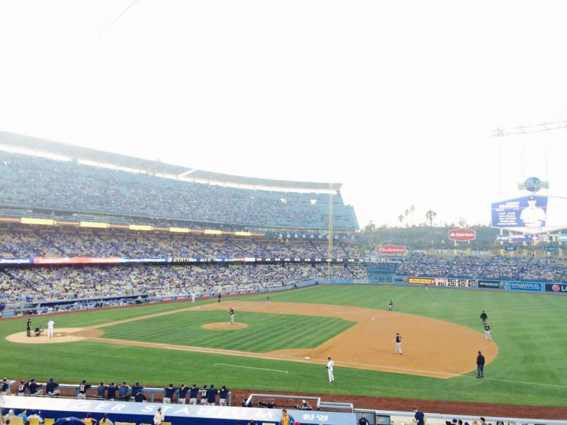 Seating view for Dodger Stadium Section 138LG Row D Seat 3