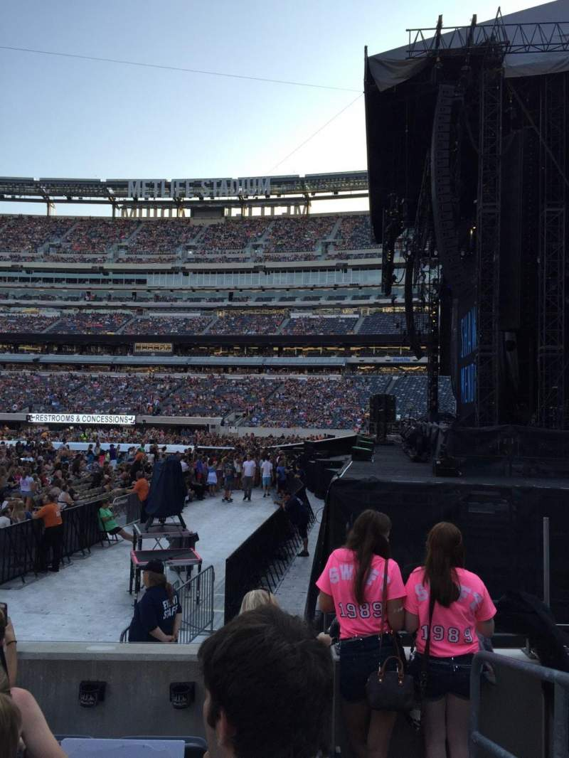 Seating view for MetLife Stadium Section 110 Row 5 Seat 1