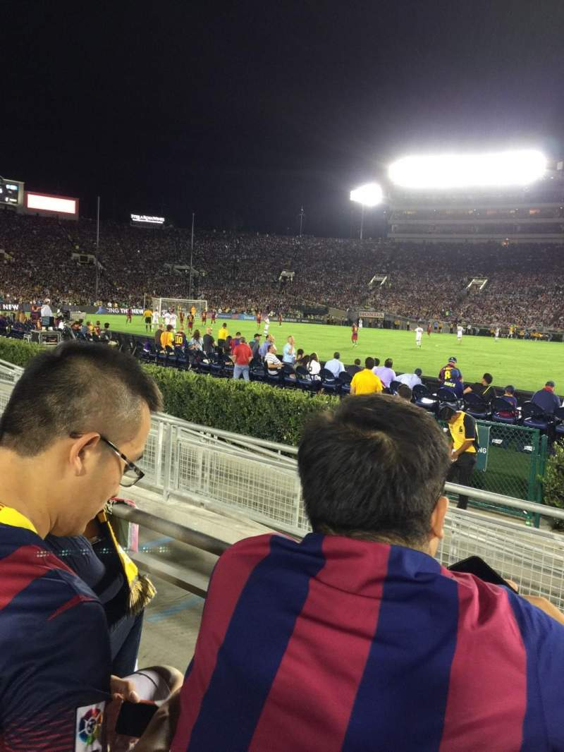 Seating view for Rose Bowl Section 6-L Row 2 Seat 3