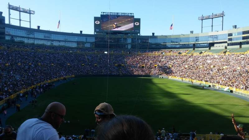 Seating view for Lambeau Field Section 138 Row 34 Seat 6