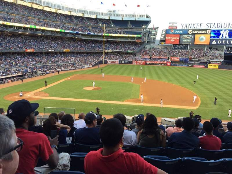 Seating view for Yankee stadium Section 215 Row 9 Seat 15