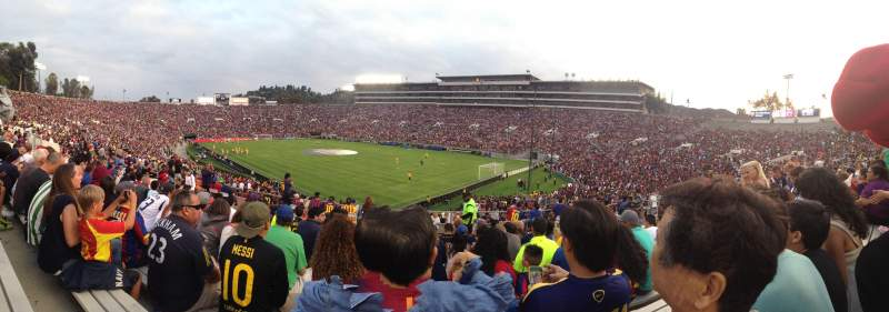 Seating view for Rose Bowl Section 9-L Row 40 Seat 18