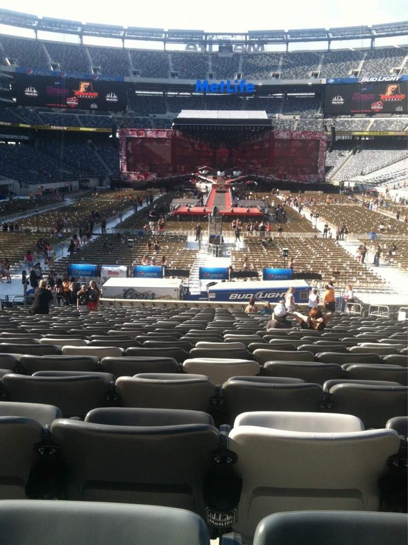 Seating view for MetLife Stadium Section 126 Row 26