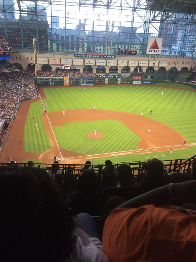 Seating view for Minute Maid Park Section 422 Row 4 Seat 11