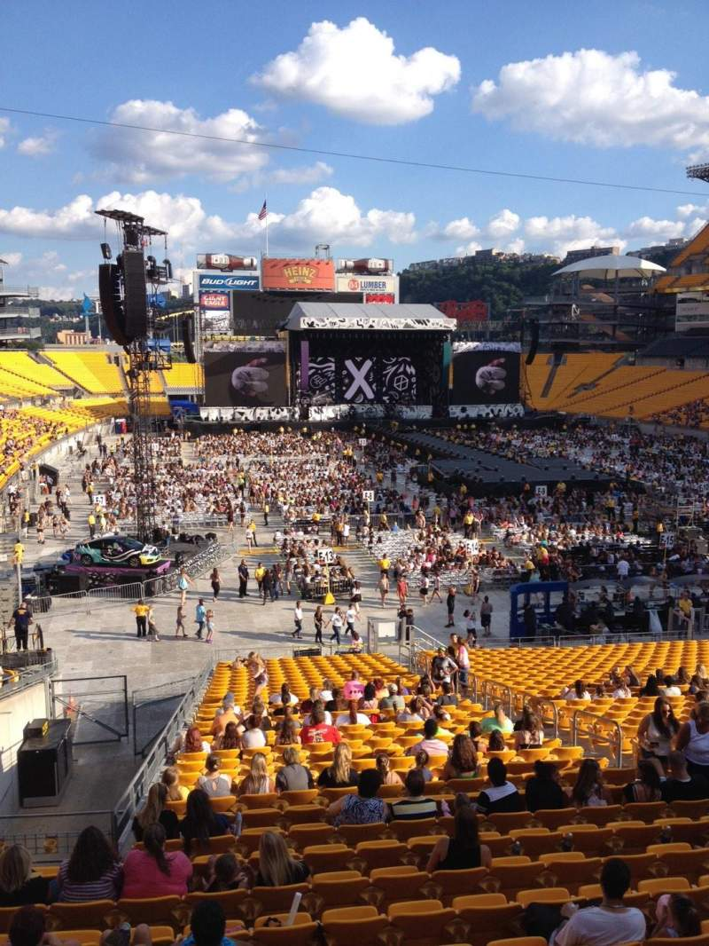 Seating view for Heinz Field Section 220 Row A Seat 25