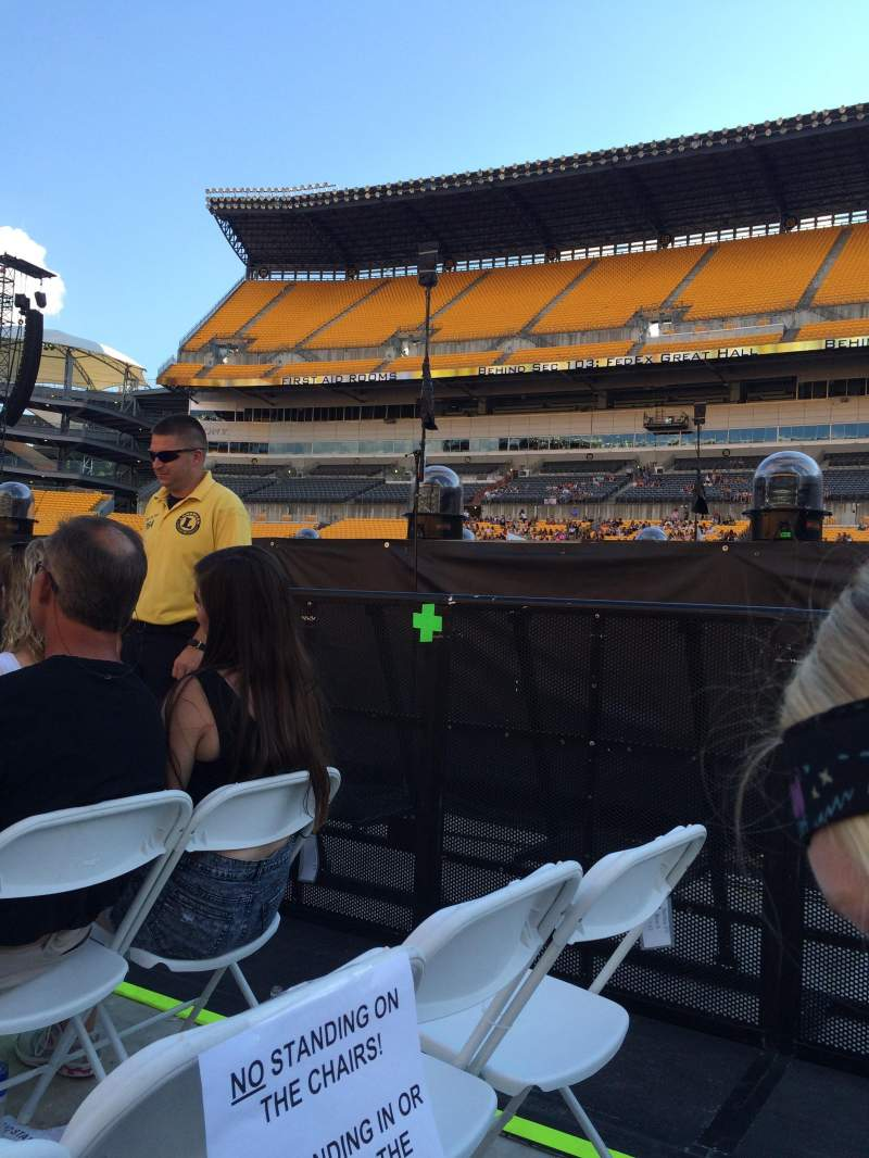 Seating view for Heinz Field Section F9 Row 9 Seat 7 and 8
