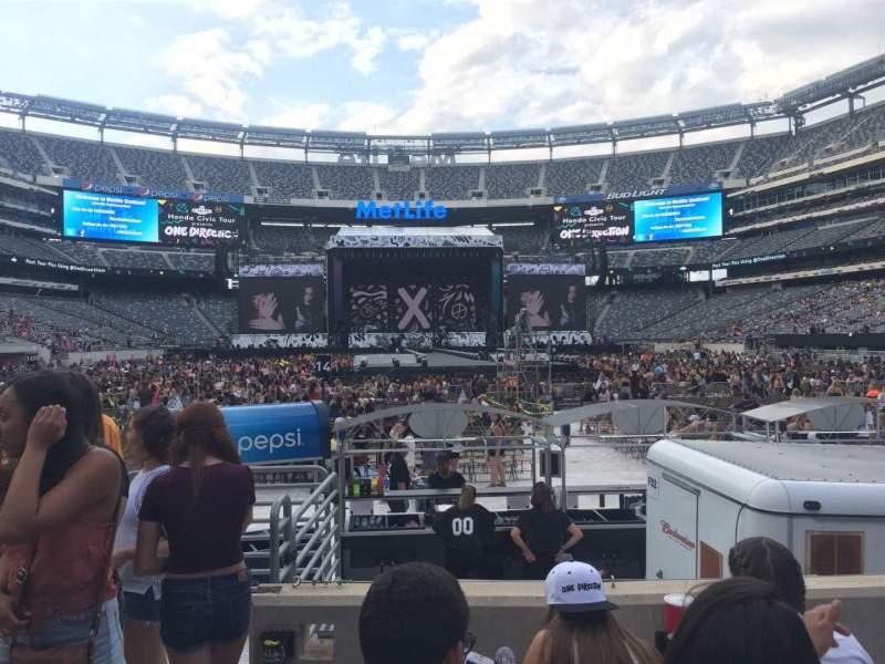 Seating view for MetLife Stadium Section 126 Row 4 Seat 21