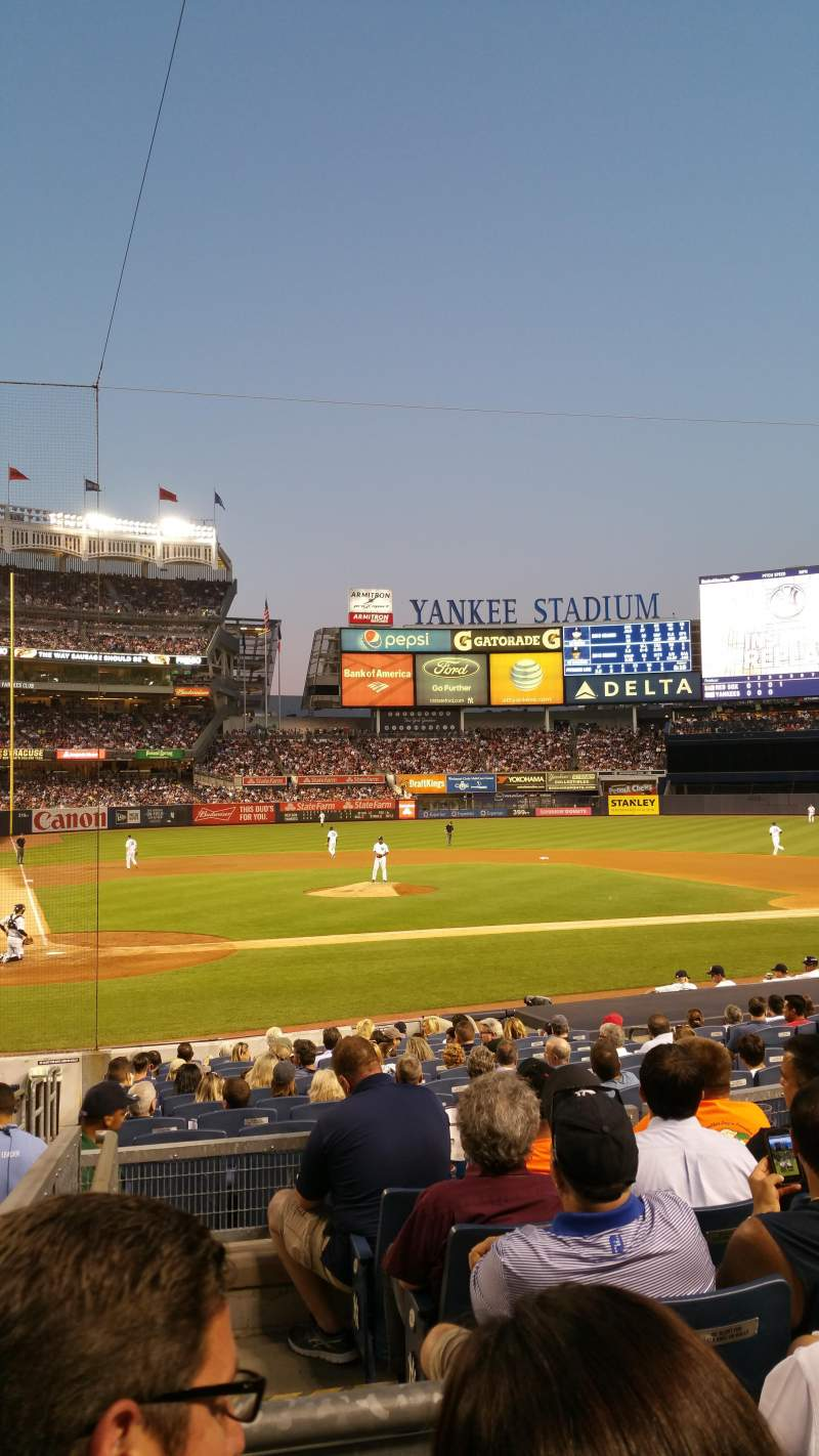 Seating view for Yankee Stadium Section 117B Row 17 Seat 14