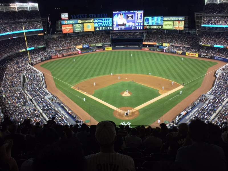 Seating view for Yankee Stadium Section 420B Row 13 Seat 15