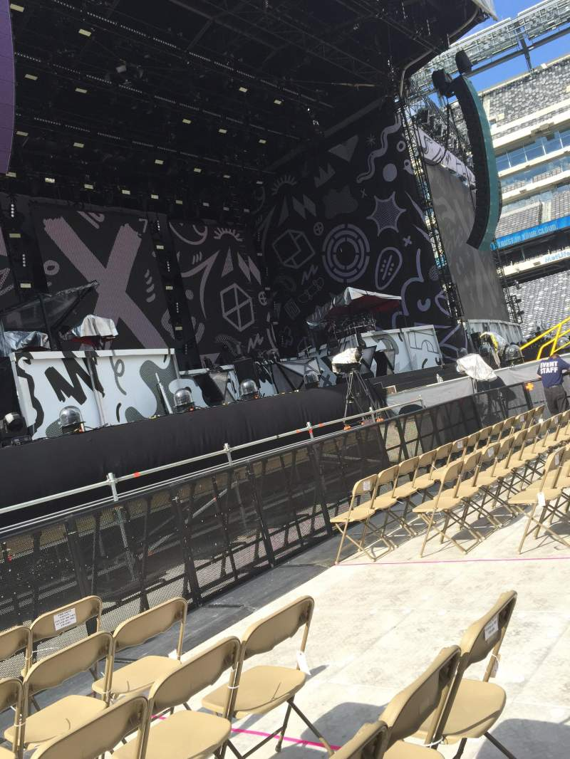Seating view for MetLife Stadium Section 5 Row 6 Seat 6