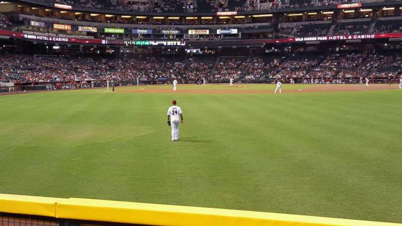 Seating view for Chase Field Section 102 Row 14 Seat 4