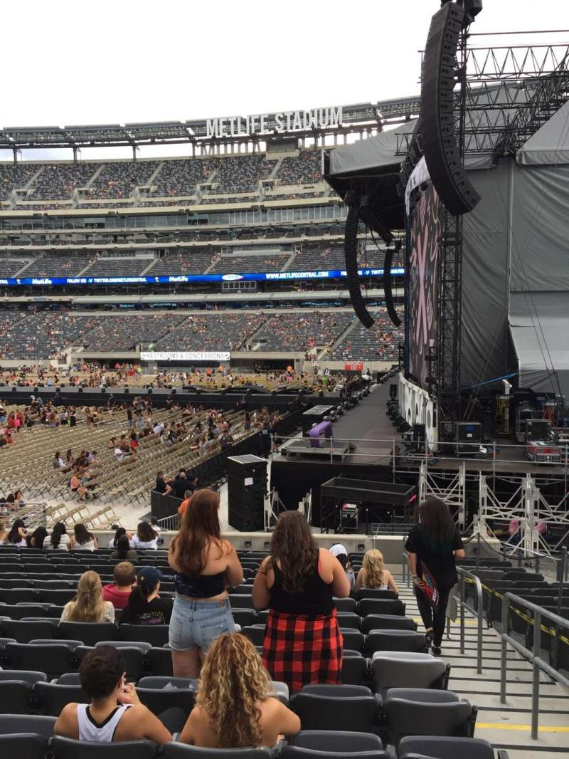 Seating view for MetLife Stadium Section 110 Row 17 Seat 2