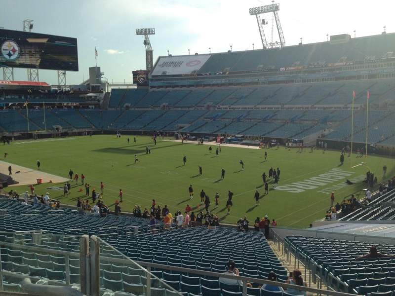 Seating view for EverBank Field Section 227 Row B Seat 8