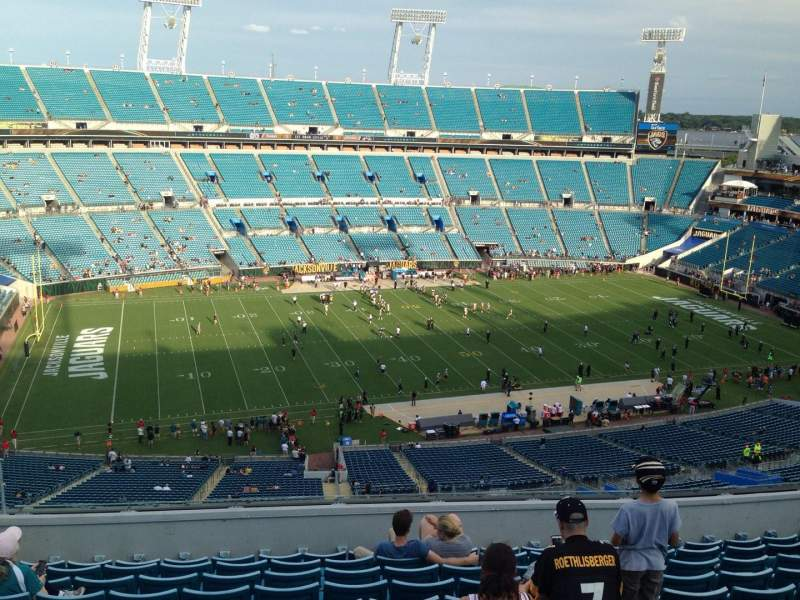Seating view for EverBank Field Section 412 Row L Seat 28