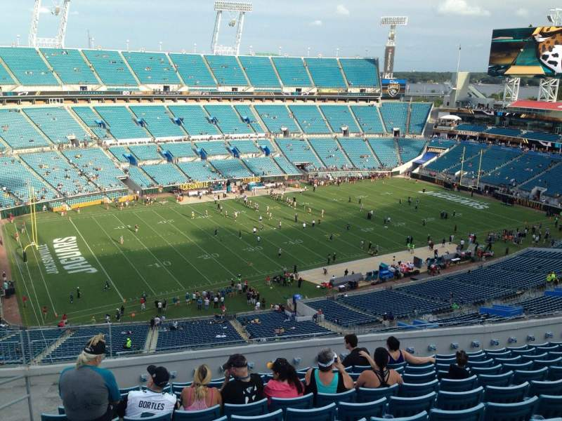 Seating view for EverBank Field Section 214 Row J Seat 19