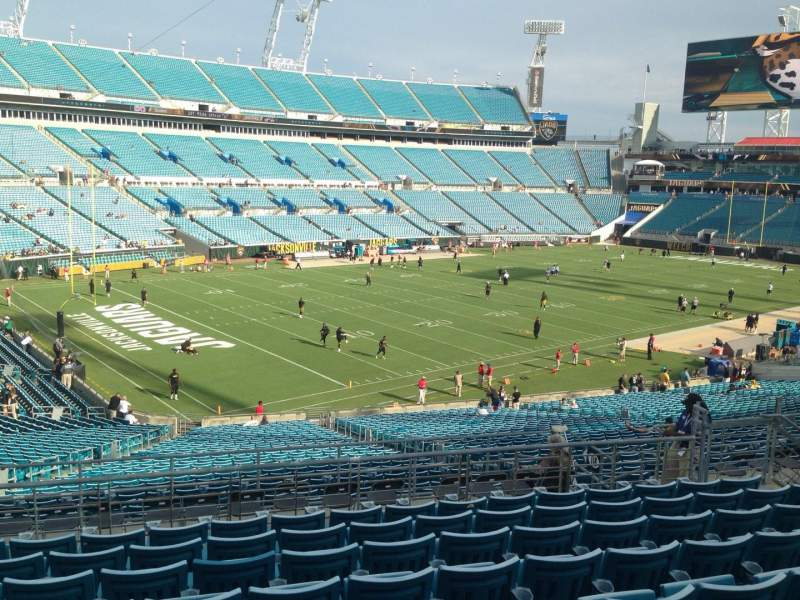 Seating view for EverBank Field Section 220 Row H Seat 10