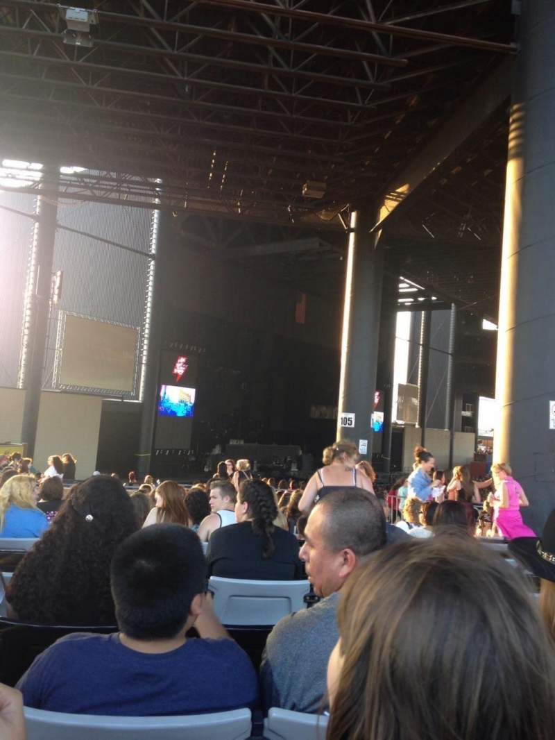 Seating view for Hollywood Casino Amphitheatre (Tinley Park) Section 207 Row BB Seat 10