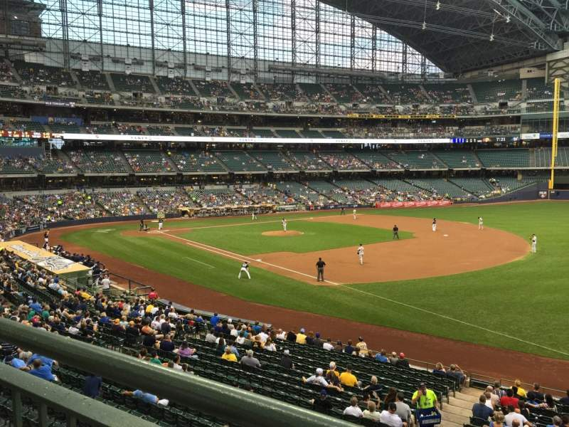 Seating view for Miller Park Section 209 Row 1 Seat 8