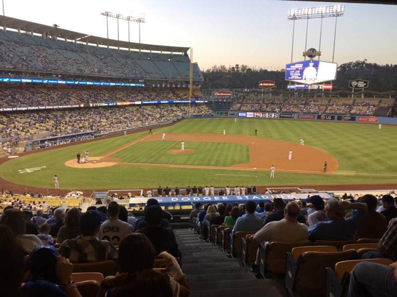 Seating view for Dodger Stadium Section 130lg Row S Seat 8
