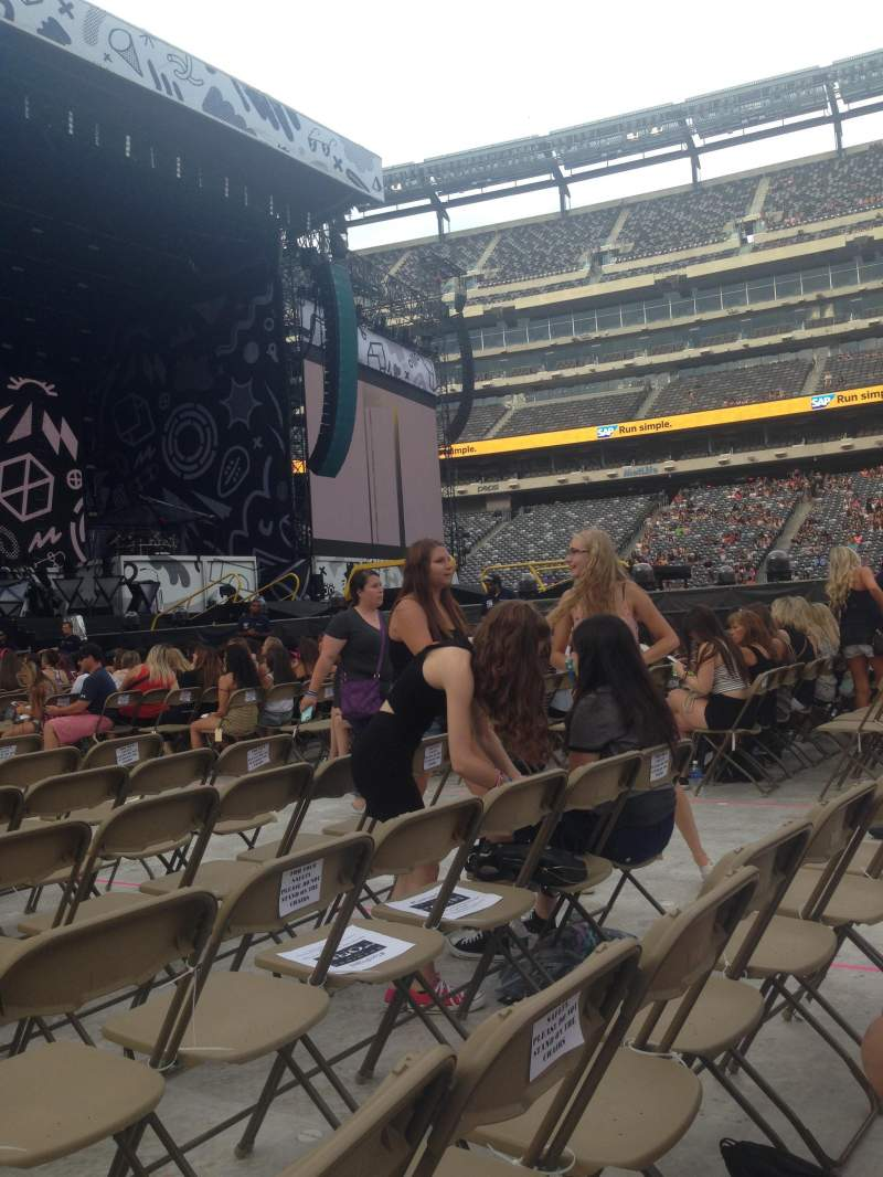 Seating view for metlife stadium Section 5 Row 21 Seat 9