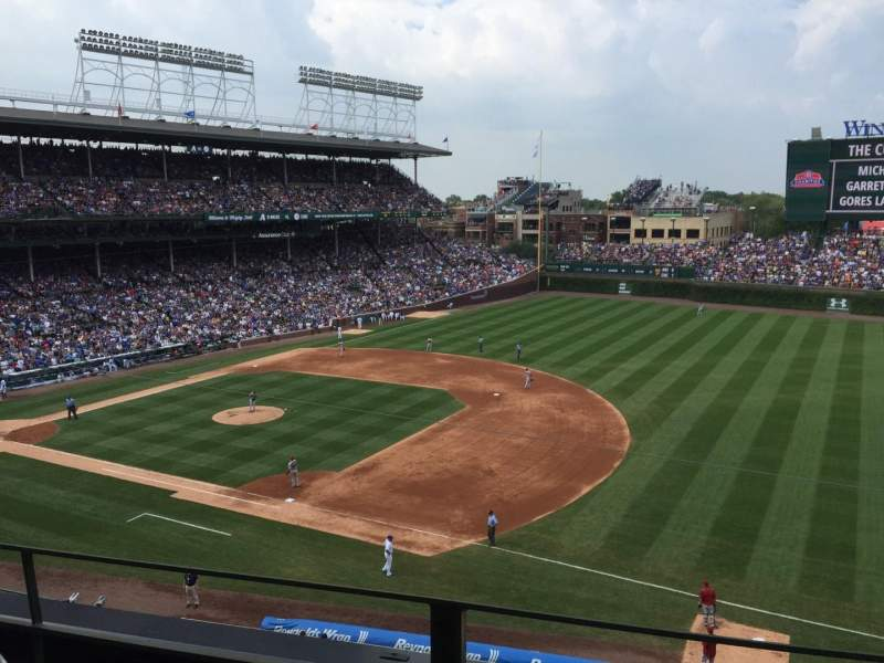 Seating view for Wrigley Field Section 433 Row 2 Seat 103