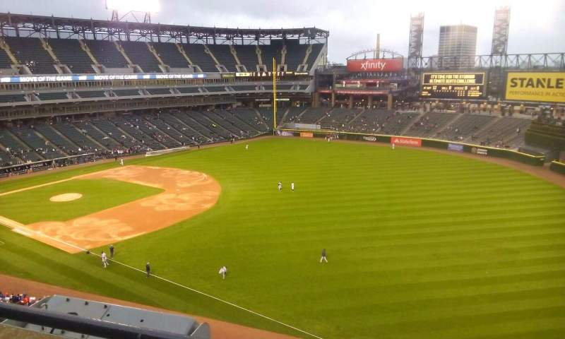 Seating view for Guaranteed Rate Field Section 512 Row 1 Seat 15