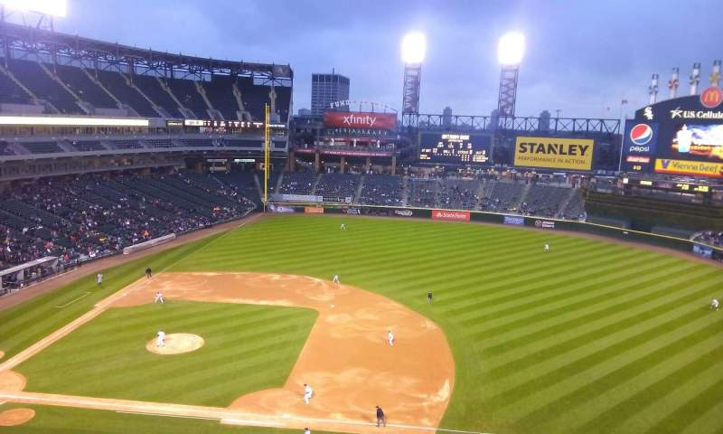 Seating view for Guaranteed Rate Field Section 522 Row 2 Seat 15