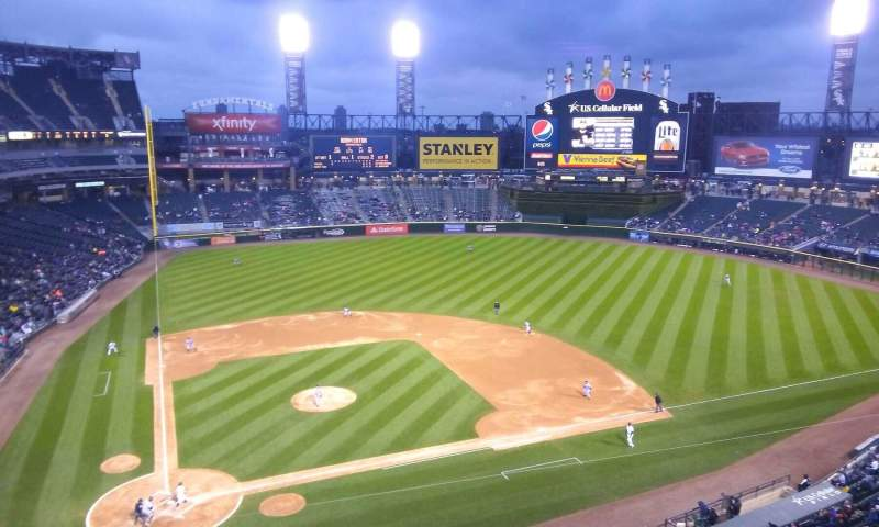 Seating view for Guaranteed Rate Field Section 527 Row 2 Seat 16