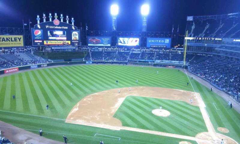 Seating view for Guaranteed Rate Field Section 537 Row 2 Seat 16