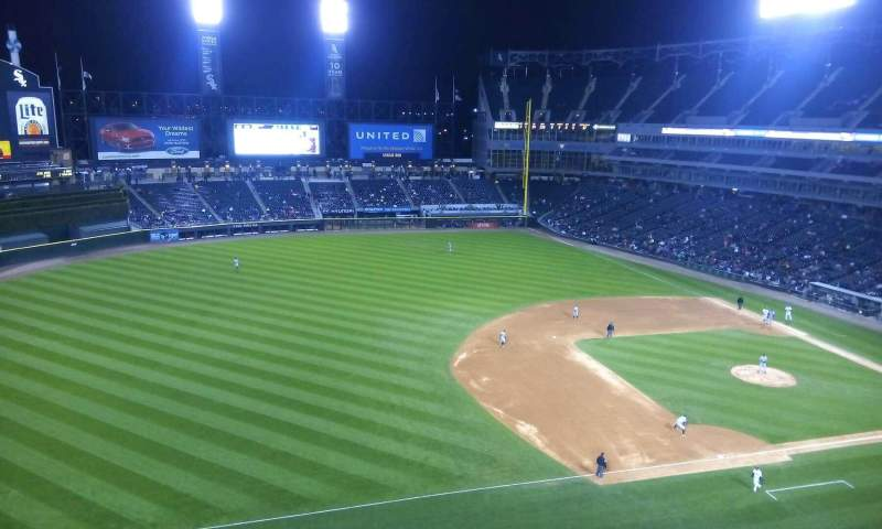 Seating view for Guaranteed Rate Field Section 544 Row 2 Seat 15