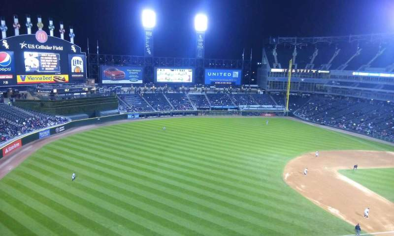 Seating view for Guaranteed Rate Field Section 546 Row 1 Seat 1