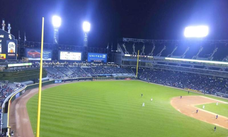 Seating view for Guaranteed Rate Field Section 552 Row 2 Seat 15