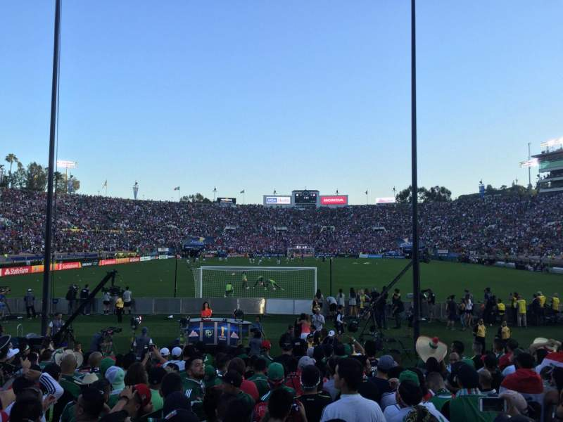 Seating view for Rose Bowl Section 12-L Row 6 Seat 6