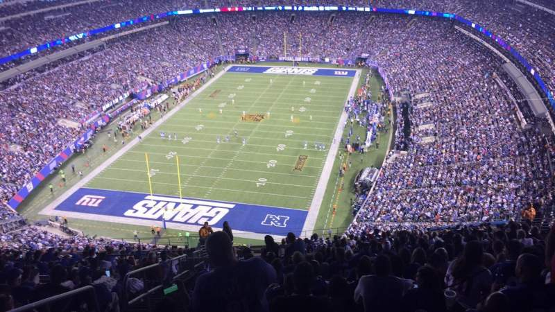 Seating view for MetLife Stadium Section 323 Row 25 Seat 29