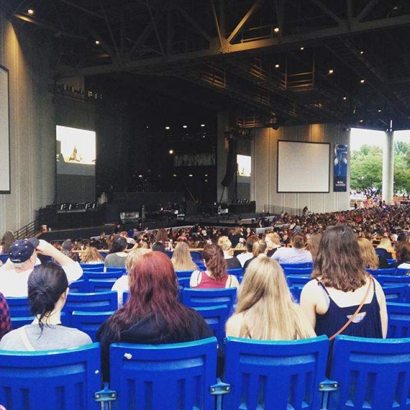 Seating view for PNC Music Pavilion Section 9 Row M Seat 17
