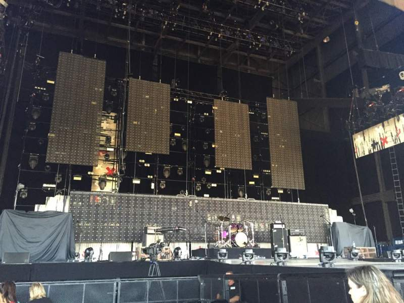 Seating view for Hollywood Casino Amphitheatre (Tinley Park) Section 103 Row H Seat 31