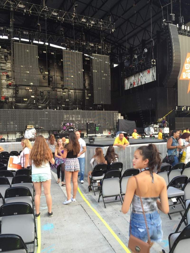 Seating view for Jones Beach Theater Section A Row R Seat 1