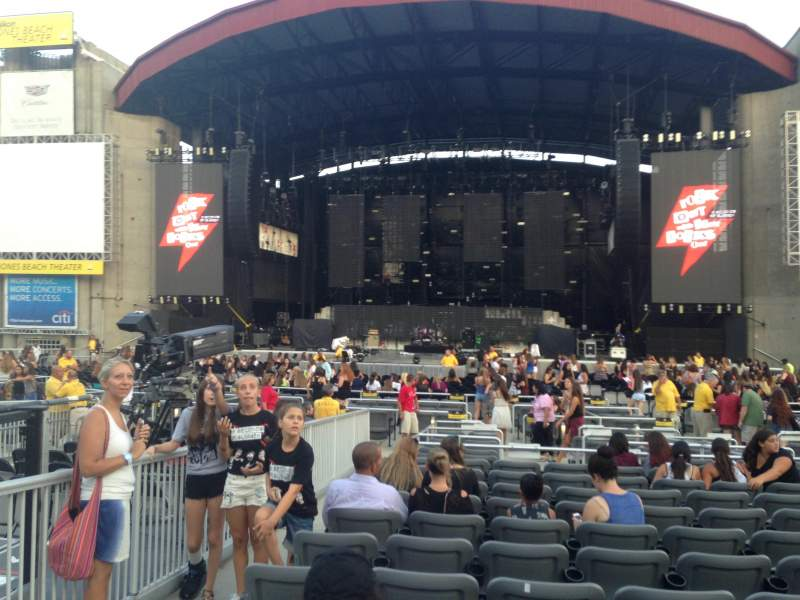 Seating view for Jones Beach Theater Section E Row TT Seat 1