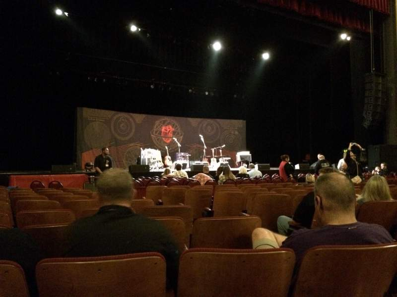Seating view for Chicago Theatre Section Mnfl3l Row Kk