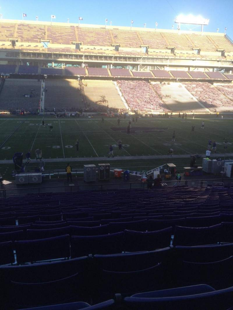 Seating view for Bill Snyder Family Stadium Section 4 Row 32 Seat 21