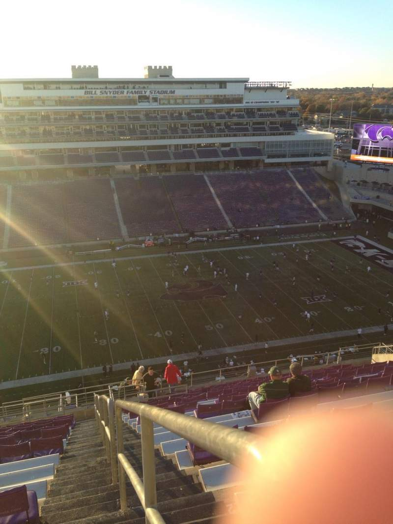 Seating view for Bill Snyder Family Stadium Section 425 Row 25