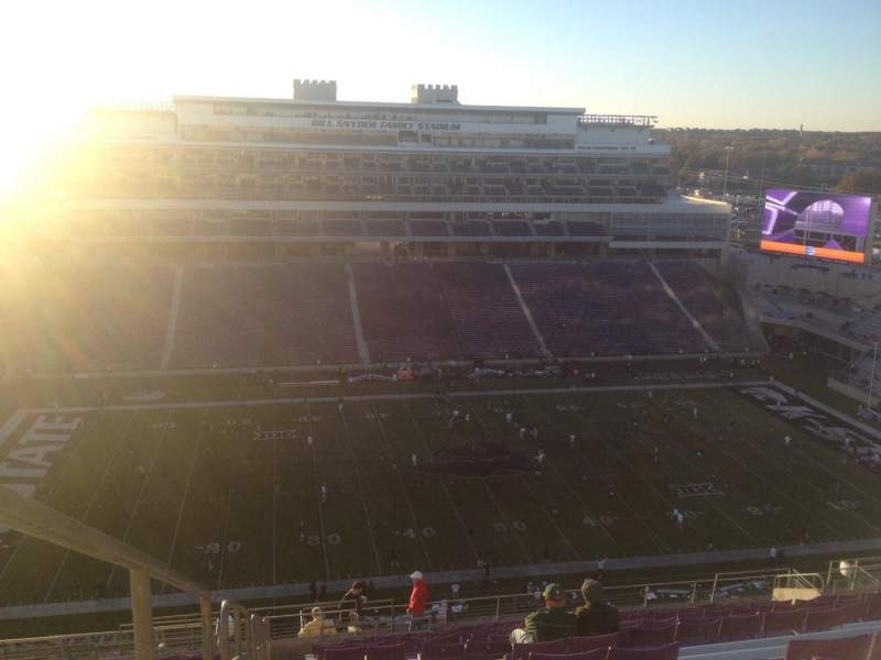 Seating view for Bill Snyder Family Stadium Section 425 Row 25 Seat 28