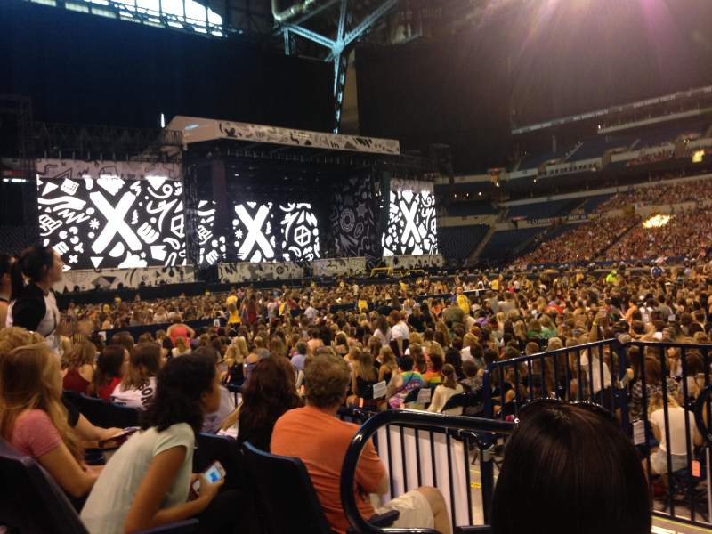 Seating view for Lucas Oil Stadium Section 139 Row 3 Seat 21
