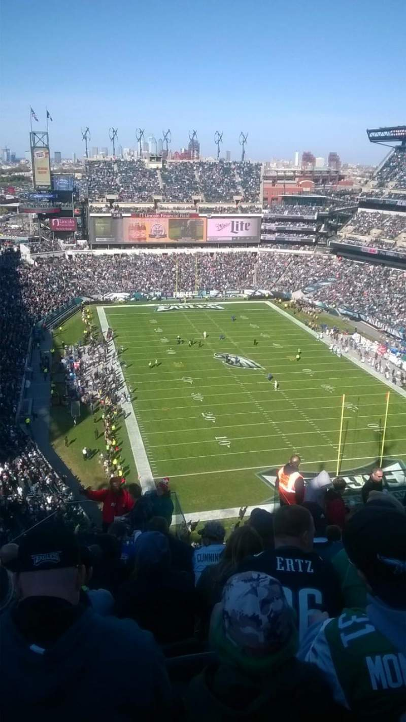 Seating view for Lincoln Financial Field Section 209 Row 16