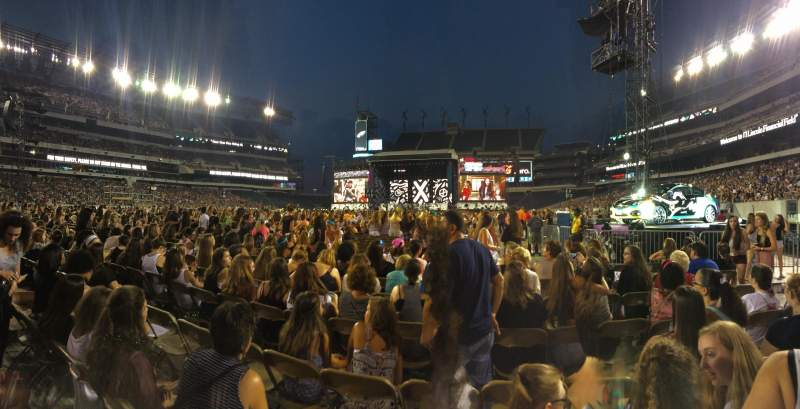 Seating view for Lincoln Financial Field Section F16 Row 15 Seat 23-24